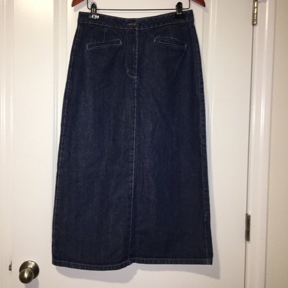 Christopher & Banks Dresses & Skirts - Christopher & Banks denim modest skirt size 10